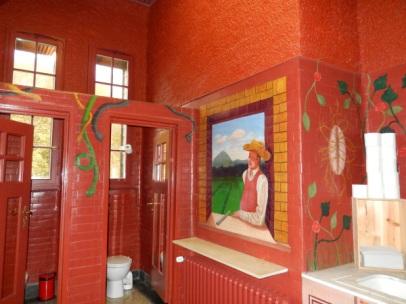 3 Bahnhof WC