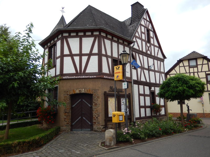 Rathaus Rheinbrohl 2