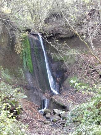 37 Wasserfall am Ende der Wolfsschlucht
