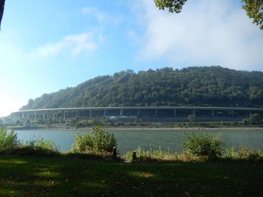 andere Rheinseite