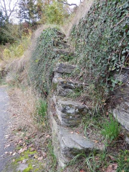 5 alte Weinbergmauern