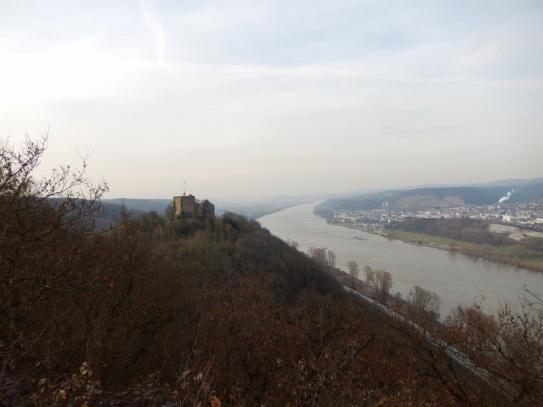 21 Ausblick zur Rheineck