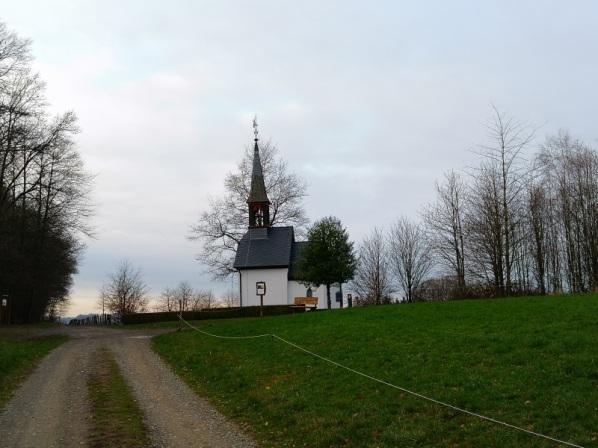 Auf dem Weg zur Kapelle
