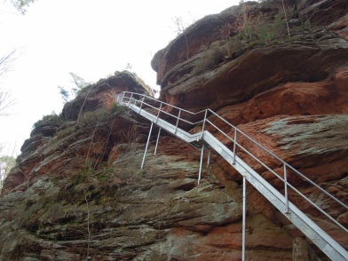 Treppen auf den Römerfelsen (c) Doris S.