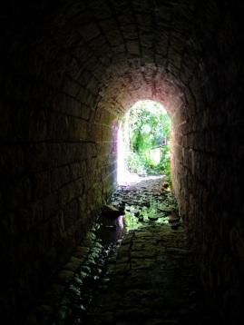 ehemaliger Vennbahntunnel am Eifelsteig