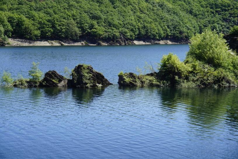 Je nach Wasserstand gib t es viele Inseln